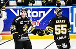 Stockholm 2014-10-02 Ishockey Hockeyallsvenskan AIK - BIK Karlskoga :  <br /> AIK:s Victor Ekarv gratuleras av Ryan McKiernan efter sitt 3-1 m&aring;l<br /> (Foto: Kenta J&ouml;nsson) Nyckelord:  AIK Gnaget Hockeyallsvenskan Allsvenskan Hovet Johanneshovs Isstadion Bofors BIK Karlskoga jubel gl&auml;dje lycka glad happy