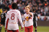 HARRISON, NJ - Sunday, November 2, 2014: The New York Red Bulls defeat DC United 2-0 at Red Bull Arena in the MLS Cup Playoffs.
