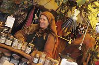 Europe/Allemagne/Rhénanie du Nord-Westphalie/Cologne: Marché Médiéval de Noël au Musée du Chocolat détail d'un étal