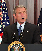 Washingon, D.C. - April 20, 2005 -- United States President George W. Bush makes remarks and signs the Bankruptcy Reform Bill in Washington, D.C. on April 20, 2005.  <br /> Credit: Ron Sachs - Pool