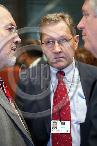 Belgium---Brussels---Council---ECOFIN-Tour de Table/Round Table                04.11.2003.Pedro SOLBES Mira, Commissioner for Economic and monetary affairs;  Klaus REGLING, director general of economic affairs ;  Caio KOCH-WESER, State Secretary at the Ministry of Finance of Germany;        ..PHOTO: EUP-IMAGES / ANNA-MARIA ROMANELLI