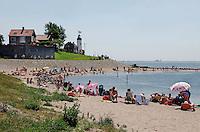 Strand bij de dijk van Urk