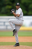 Relief pitcher Wander Alvino (40) of the Greeneville Astros in action at Bowen Field in Bluefield, WV, Sunday July 6, 2008. (Photo by Brian Westerholt / Four Seam Images)