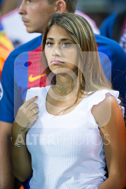 Leo Messi wife, Antonella Roccuzzo  and his son, Thiago Messi during the match of  Copa del Rey (King's Cup) Final between Deportivo Alaves and FC Barcelona at Vicente Calderon Stadium in Madrid, May 27, 2017. Spain.. (ALTERPHOTOS/Rodrigo Jimenez)