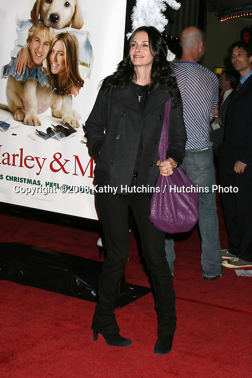 """Courteney Cox  arriving at the """"Marley & Me"""" World Premiere at the Mann's Village Theater  in Westwood, CA  on December 11, 2008.©2008 Kathy Hutchins / Hutchins Photo....                ."""