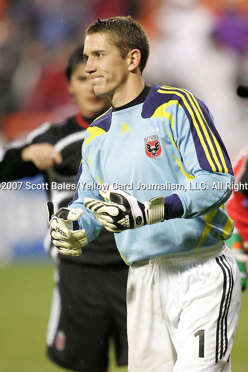 01 March 2007: DC United goalkeeper Troy Perkins signals to the bench that he needs to be replaced following an injury. DC United defeated CD Olimpia of Honduras 3-2 at RFK Stadium in Washington DC in the second leg of a CONCACAF Champions Cup quarterfinal competition.  DC United advanced by an aggregate score of 7-3.