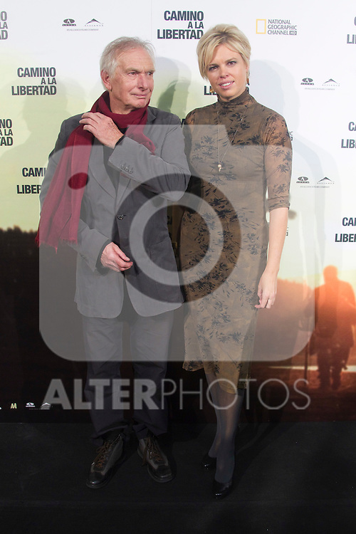Director Peter Weir and his wife Wendy pose during the premiere of their latest movie 'The way back' in Madrid on December 9, 2010..Photo: Cesar Cebolla / ALFAQUI