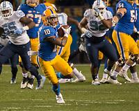 Pitt wide receiver Quadree Henderson (10). The North Carolina Tarheels defeated the Pitt Panthers football team 34-31 at Heinz Field, Pittsburgh, Pennsylvania on November 9, 2017.