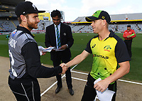 Captains Kane Williamson and David Warner.<br /> New Zealand Black Caps v Australia.Tri-Series International Twenty20 cricket final. Eden Park, Auckland, New Zealand. Wednesday 21 February 2018. &copy; Copyright Photo: Andrew Cornaga / www.Photosport.nz