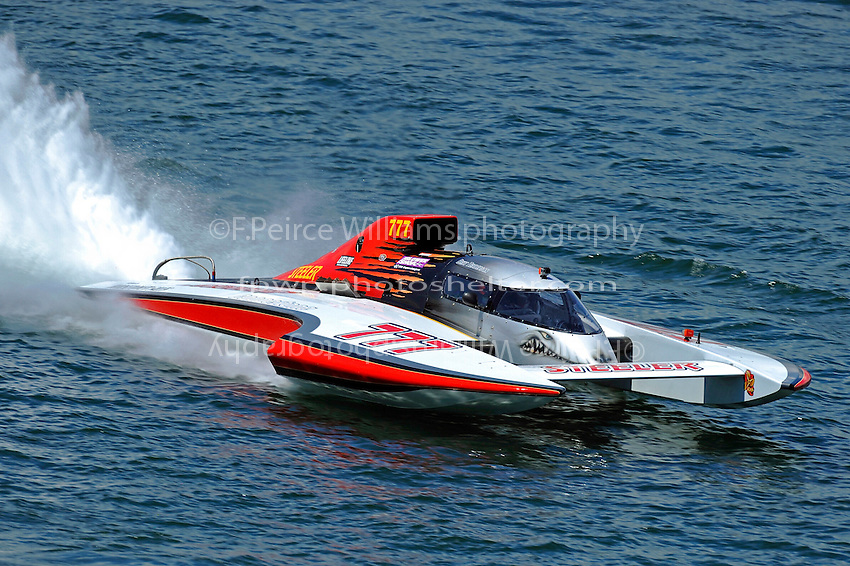 """Bert Henderson, GP-777 """"Steeler""""  (Grand Prix Hydroplane(s)"""