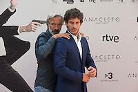 Spanish actors Imanol Arias (L) and Quim Gutierrez pose during the `Anacleto agente secreto´ film presentation in Madrid, Spain. September 01, 2015. (ALTERPHOTOS/Victor Blanco)