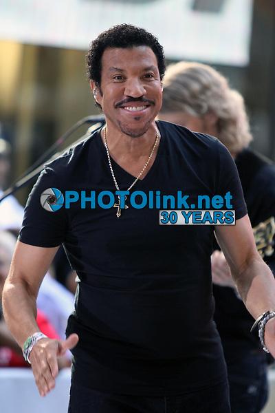 Lionel Richie 2012, Photo By John Barrett/PHOTOlink