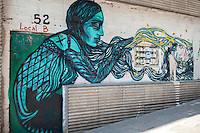Walking in Madrid, Local B 52