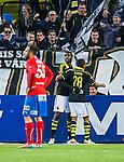 Solna 2014-05-05 Fotboll Allsvenskan AIK - Helsingborgs IF :  <br /> AIK:s Henok Goitom har gjort 2-1 och gratuleras av AIK:s Niclas Eliasson <br /> (Foto: Kenta J&ouml;nsson) Nyckelord:  Friends Arena AIK Gnaget HeIF HIF Helsingborg jubel gl&auml;dje lycka glad happy