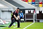 nph00351:  Fussball, 1. Bundesliga, Saison 19/20, 26. Spieltag, Fortuna Düsseldorf - FC Paderborn 07, 16.05.2020: Trainer Steffen Baumgart (SC Paderborn 07) gibt lautstark Anweisungen.<br /> <br /> Foto: Moritz Müller/Pool /Verbreitung via Meuter/nordphoto<br /> <br /> Nur für journalistische Zwecke! Only for editorial use!<br /> <br /> Gemäß den Vorgaben der DFL Deutsche Fußball Liga ist es untersagt, in dem Stadion und/oder vom Spiel angefertigte Fotoaufnahmen in Form von Sequenzbildern und/oder videoähnlichen Fotostrecken zu verwerten bzw. verwerten zu lassen. DFL regulations prohibit any use of photographs as image sequences and/or quasi-video.