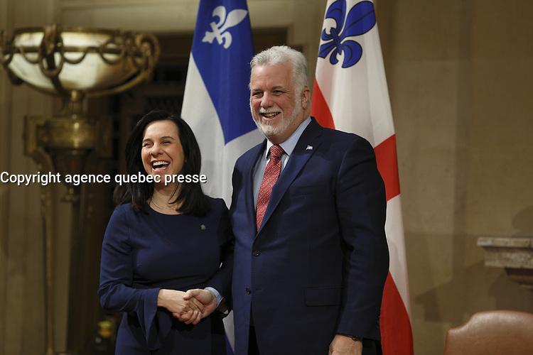 La mairesse de Montreal, Valerie Plante, recoit le premier ministre du Quebec, Philippe Couillard,  le jeudi 18 janvier 2018, a l'Hotel de ville