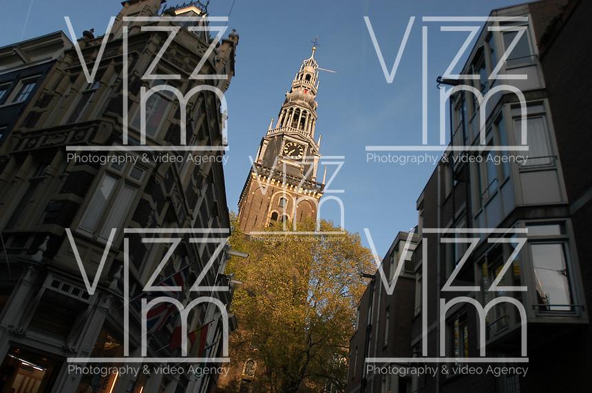 "AMSTERDAM-HOLANDA- Oude Kerk es el más antiguo edificio e iglesia de Amsterdam consagrada en 1306. The Oude Kerk (""old church"") is Amsterdam's oldest building and oldest parish church, consecrated in 1306. Photo: VizzorImage/STR"