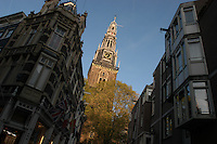 "AMSTERDAM-HOLANDA- Oude Kerk es el más antiguo edificio e iglesia de Amsterdam consagrada en 1306. The Oude Kerk (""old church"") is Amsterdam's oldest building and oldest parish church, consecrated in 1306. Photo: VizzorImage/STR"