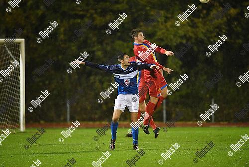 2016-11-12 / Voetbal / Seizoen 2016-2017 / FC Turnhout - Wellen / Jelle Schijvenaars (l. Turnhout) met Glenn Lowet<br /> <br /> ,Foto: Mpics.be