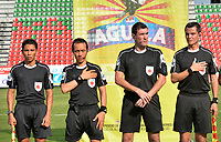 IBAGUÉ - COLOMBIA, 10-02-2018:Ricardo Garcia Becerra referee central. Acción de juego entre los equipos Atlético Huila y el Deportivo Cali durante partido por la fecha 2 de la Liga Águila I 2018 jugado en el estadio Manuel Murillo Toro de la ciudad de Ibagué. / Central Referee Ricardo Garcia Becerra. Action game between Atletico Huila and Deportivo Cali during match for the date 2 of the Aguila League I 2018 played at Manuel Murillo Toro in Ibague city. VizzorImage / Juan Carlos Escobar / Contribuidor