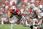 Madison, Wisconsin - 9/13/03. University of Wisconsin running back Duane Smith (30) during the UNLV game at Camp Randall Stadium. UNLV beat Wisconsin 23-5. (Photo by David Stluka)