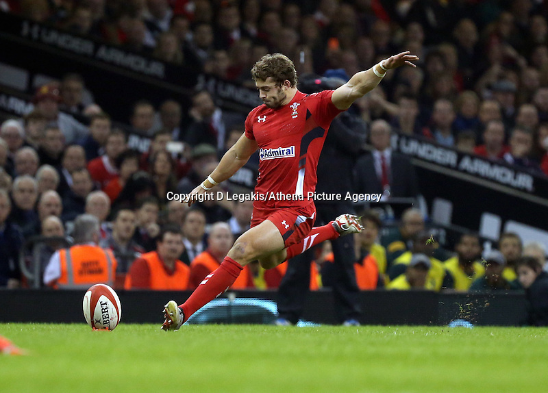 Pictured: Leigh Halfpenny of Wales scores three points with a penalty kick Saturday 29 November 2014<br /> Re: Dove Men Series 2014 rugby, Wales v South Africa at the Millennium Stadium, Cardiff, south Wales, UK.