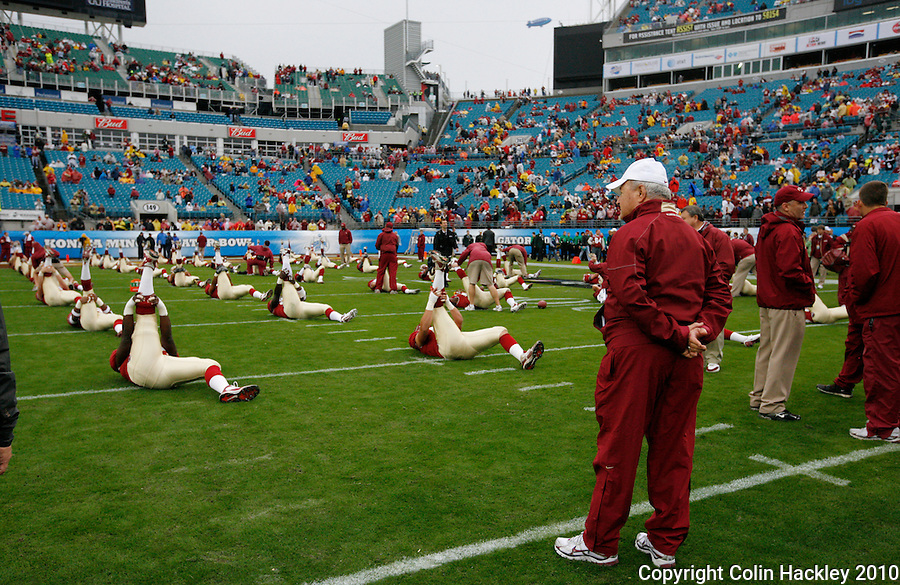 JACKSONVILLE, FL 1/1/10-FSU-WV FB CH08-Florida State Head Coach Bobby Bowden watches warm-ups prior to the Gator Bowl against West Virginia, Friday in Jacksonville, Fla. .COLIN HACKLEY PHOTO