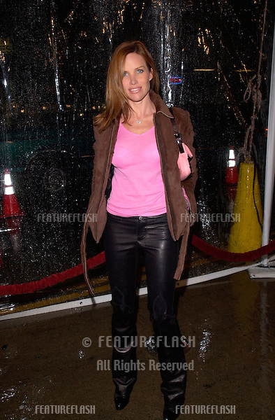 Actress SARAH BUXTON at the world premiere, in Los Angeles, of Antitrust..10JAN2001.  © Paul Smith/Featureflash