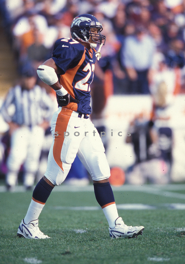 Denver Broncos Steve Atwater (27) during a game against the Jacksonville Jaguars at Mile High Stadium in Denver, Colorado on October 25, 1998 .The Broncos beat the Jaguars 37-24.  Steve Atwater played for 11 years with 2 different teams, was a 8-time Pro Bowler.