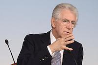 Roma, 15 giugno 2012.Palazzo Chigi.Conferenza stampa del Governo Monti sul decreto di sviluppo e crescita..Il Presidente del Consiglio dei Ministri Mario Monti