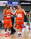 S&ouml;dert&auml;lje 2014-01-03 Basket Basketligan S&ouml;dert&auml;lje Kings - Bor&aring;s Basket :  <br /> Bor&aring;s James &quot;JJ&quot; Miller  och Bor&aring;s Roope Ahonen jublar efter slutsignalen<br /> (Foto: Kenta J&ouml;nsson) Nyckelord:  jubel gl&auml;dje lycka glad happy