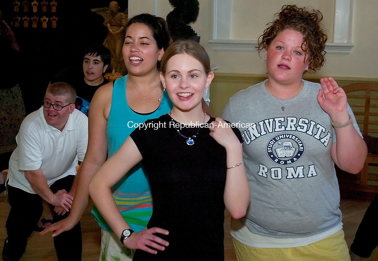 WATERBURY, CT- 21 JULY 2008 --072108JS12-Cast members for the Seven Angels Theatre's production of Hello, Dolly! Amy Henion, 16 of Watertown, center, Shannon Baldino, 19 of Naugatuck, left and Molly Leona, 19. of Naugatuck rehearse Tuesday at the Seven Angels Theatre in Waterbury. The production will be held at the Palace Theater in Waterbury on August 2-3 and is part of the Seven Angels Theatre and the Palace Theater Community Summer Stock Collaborative.<br /> Jim Shannon / Republican-American