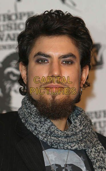 DAVE NAVARRO.MTV Europe Music Awards 2003 Held At The Western Harbour, Leith, Edinburgh, Scotland.Ref: Ten.headshot, portrait, goatee, facial hair.www.capitalpictures.com.sales@capitalpictures.com.©Capital Pictures