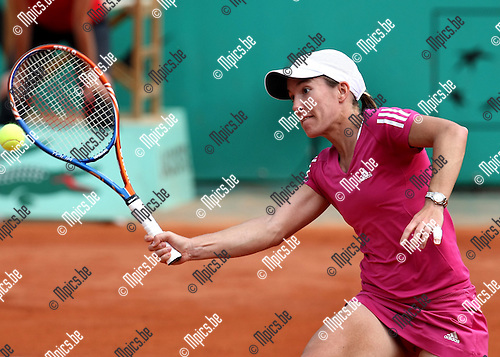 2010-05-25 / Tennis / Roland Garros 2010 / Day 3 / Justine Henin during her match vs. Pironkova..Foto: mpics