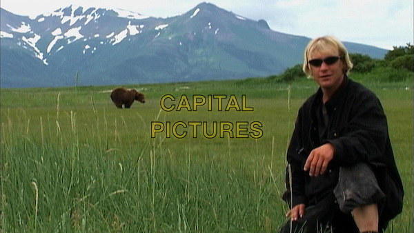 TIMOTHY TREADWELL.in Grizzly Man (Doc. 2005).*Editorial Use Only*.www.capitalpictures.com.sales@capitalpictures.com.Supplied by Capital Pictures.