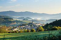 France, Rhône (69), région du Beaujolais, Saint-Just-d'Avray // France, Rhone, Beaujolais region, Saint-Just-d'Avray