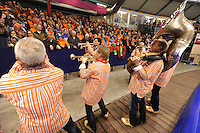 SCHAATSEN: HEERENVEEN: IJsstadion Thialf, 23-03-2014, Essent ISU WK Allround, Dweilorkest Kleintje Pils, ©foto Martin de Jong