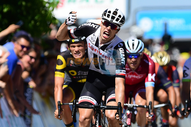 Phil Bauhaus (GER) Team Sunweb wins the sprint finish for Stage 5 of the Criterium du Dauphine 2017, running 175.5km from La Tour-de Salvagny to Macon, France. 8th June 2017. <br /> Picture: ASO/A.Broadway | Cyclefile<br /> <br /> <br /> All photos usage must carry mandatory copyright credit (&copy; Cyclefile | ASO/A.Broadway)