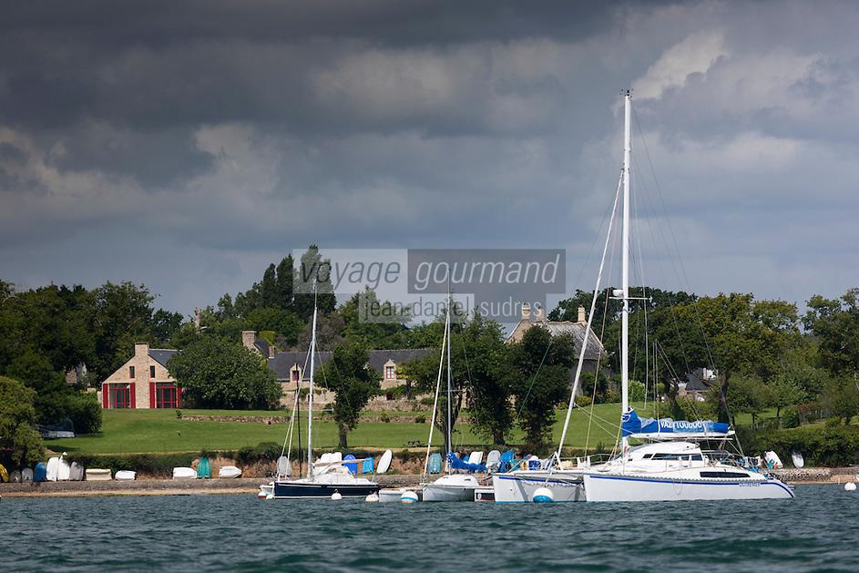 France, Morbihan (56), // France, Morbihan, Arradon: Le Golfe du Morbihan à Kerrat