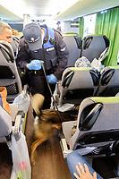 NZZ, Chiasso, Grenzwache, Lisa Conza Border Guard Chiasso, Grenzwache Chiasso, Dogana Chiasso, Lisa Conza; Swiss Border, Ticino