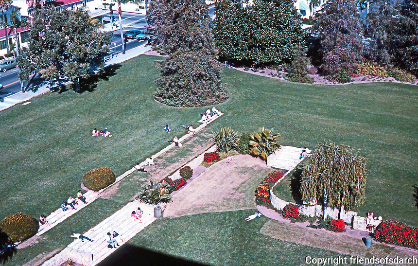 Santa Barbara CA: Courthouse lawn from Courthouse roof. Photo 1983.