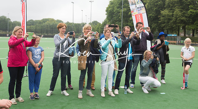 Bloemendaal - clinic hockey van The Future Group. COPYRIGHT KOEN SUYK