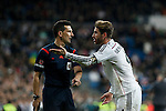 Real Madrid´s Sergio Ramos (R) argues with the referee during La Liga match at Santiago Bernabeu stadium in Madrid, Spain. March 15, 2015. (ALTERPHOTOS/Victor Blanco)
