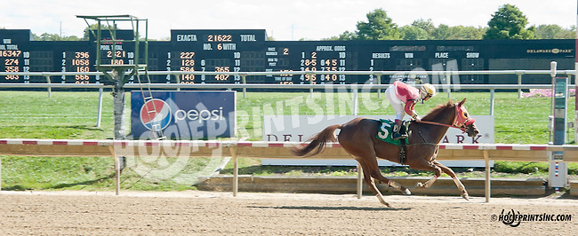 Ava Again winning at Delaware Park on 9/28/13