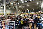 FREE PIC - NO REPRO FEE<br /> 24/09/2015 - Blackpool, Cork<br /> Bargain hunters at the official opening of the new Dealz store at Blackpool Retail Park, Cork.<br /> Pic: Brian Lougheed