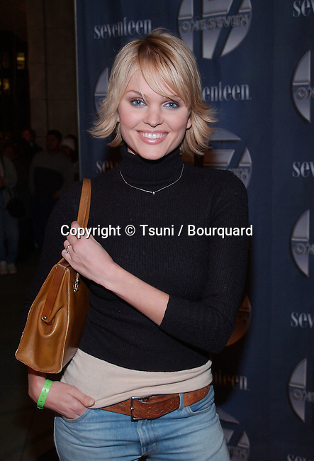 Sunny Mabrey at the opening of One Seven at Hollywood & Highland in Los Angeles, Ca. Friday, November 30,  2001.           -            MabreySunny02.jpg