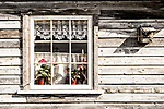Atlin, cabin, window