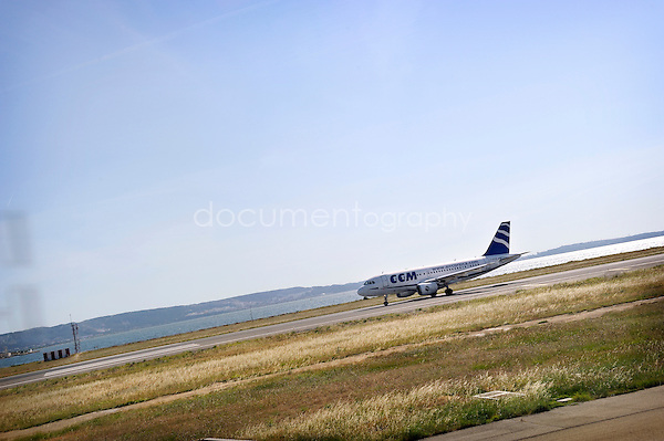 copyright : magali corouge / Documentography.10/06/09.Me?tier : Pilote..Aterissage d'un A 320.