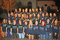 B&uuml;ttelborn 29.08.2016: B&uuml;ttelborner Kerweborsch und Kerwem&auml;dscher vun de Tornhall freuen sich auf die Biddelberner Kerb<br /> Biddelberner Kerwem&auml;dscher vun de Tornhall an der evangelischen Kirche B&uuml;ttelborn<br /> Foto: Vollformat/Marc Sch&uuml;ler, Sch&auml;fergasse 5, 65428 R'eim, Fon 0151/11654988, Bankverbindung KSKGG BLZ. 50852553 , KTO. 16003352. Alle Honorare zzgl. 7% MwSt.