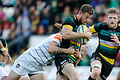 9th September 2017, Franklins Gardens, Northampton, England; Aviva Premiership Rugby, Northampton Saints versus Leicester Tigers; Rob Horne of Northampton Saints is tackled by Sam Harrison of Leicester Tigers